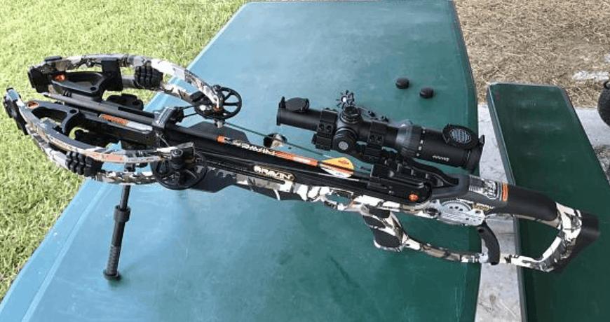 Ravin crossbow in te field