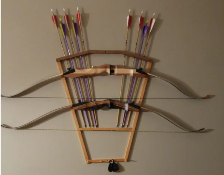 bow storage for wall